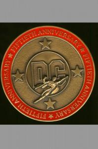 dc-comics-50-fiftieth-anniversary-bronze-medal-medallion-who-made-dc-great-award-1