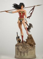 wonder-woman-premium-format-figure-sideshow-exclusive-version-3