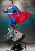 superman-christopher-reeve-premium-format-figure-sideshow-exclusive-limited-editon-le-statue-2
