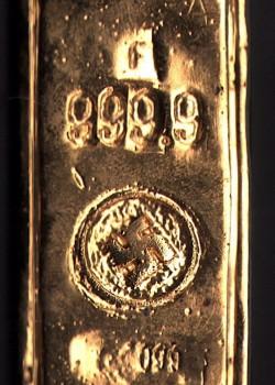hellboy-screen-used-movie-prop-nazi-gold-bar-ingot-1