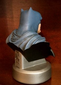 frank-miller-signed-batman-the-dark-knight-returns-30th-anniversary-dc-direct-collectibles-bust-5
