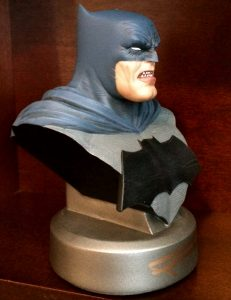 frank-miller-signed-batman-the-dark-knight-returns-30th-anniversary-dc-direct-collectibles-bust-6